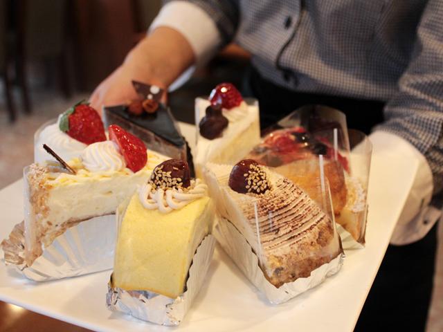 お好みのケーキ
